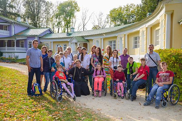Волонтеры православных молодежных движений Орла организовали путешествие для вос