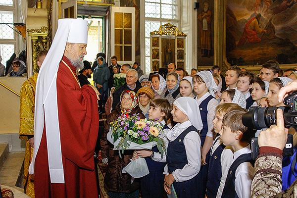 Духовенство епархии и паства поздравили митрополита Антония с 78-летием