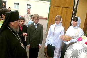 В день памяти преподобного Сергия Радонежского архиепископ Пантелеимон совершил Божественную литургию в Сергиевском храме Ливен
