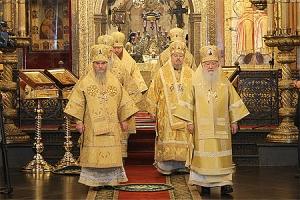 В день памяти святителя Петра, митрополита Московского, архиепископ Пантелеимон сослужил Предстоятелю Русской Церкви