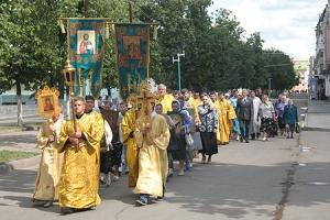 В Ливнах состоялся кресный ход, посвященный Дню города
