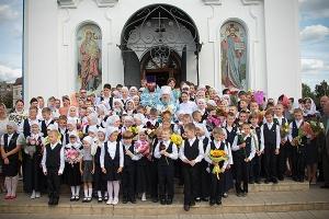 Митрополит Антоний принял участие в мероприятиях, посвященных Дню знаний