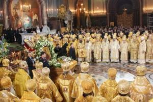 Для Бога важна молитва и тех паломников, кто не успевает к Поясу Богородицы