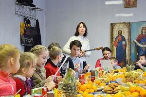 Воспитанники реабилитационного центра для несовершеннолетних встретили Рождество