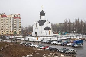 Митрополит Антоний освятил храм святой блаженной Матроны Московской в Северном р