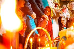 Богослужения Страстной Седмицы в Ахтырском соборе. Фоторепортаж