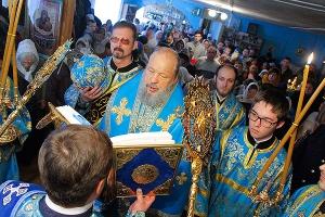 В праздник иконы Божией Матери «Всех скорбящих Радость» митрополит Антоний совер
