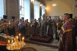 Накануне Недели 5-й великого Поста Владыка Антоний возглавил всенощное бдение в