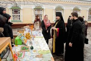 В Ливнах прошла Рождественская благотворительная ярмарка