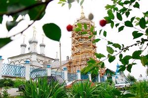 Престольный праздник мценского Петропавловского храма. Архиерейское богослужение