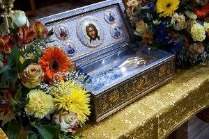 Продолжается принесение в Орловскую митрополию частицы мощей святителя Луки и иконы святых Киприана и Иустины