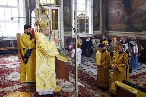 Митрополит Антоний: «Мы всегда молимся об украинском народе»