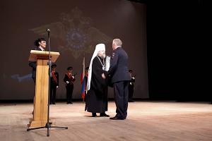 Митрополит Антоний поздравил сотрудников органов внутренних дел с профессиональн