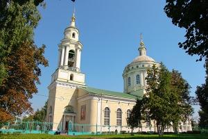 В Неделю 10-ю по Пятидесятнице Архипастырь возглавил литургию в Успенском (Михаи
