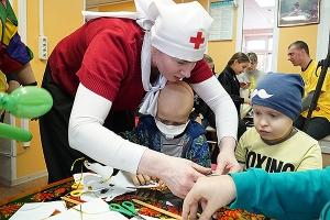 Православные волонтеры поздравили пациентов отделения онкологии НКМЦ с Рождеством Христовым