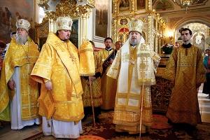 Архипастырь возглавил Божественную литургию в день памяти святителя Иоанна Шанха