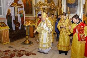 В канун дня памяти святителя Иоанна Златоуста митрополит Антоний возглавил всено