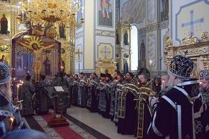 Четвертое богослужение с чином Пассии состоялось в храме Смоленской иконы Божией Матери