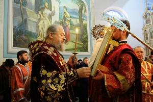 В канун Недели Торжества Православия Архипастырь совершил всенощное бдение в Михаило-Архангельском храме Орла