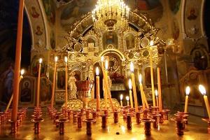 Митрополит Антоний выразил соболезнования родным и близким жертв пожара в Кемерове