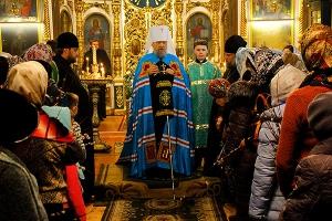 В канун праздника Входа Господня в Иерусалим Архипастырь совершил всенощное бдение в Свято-Троицком храме Орла