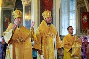В Неделю 10-ю по Пятидесятнице митрополит Антоний совершил праздничное богослужние в Ахтырском соборе Орла