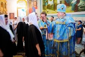 В канун Недели 14-й по Пятидесятнице Архипастырь совершил всенощное бдение в Успенском соборе