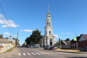 В день памяти святых Веры, Надежды и Любови митрополит Антоний совершил литургию в Ахтырском соборе