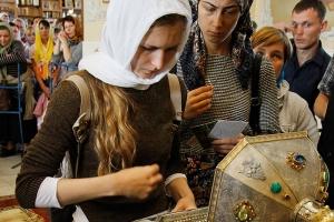 Принесение мощей преподобного Силуана Афонского в Орловскую митрополию. Архиерейская литургия в Богоявленском соборе 4 сентября. Фоторепортаж