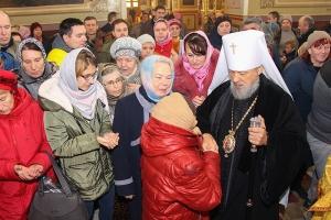 В Неделю 24-ю по Пятидесятнице митрополит Орловский и Болховский Антоний совершил литургию в Ахтырском кафедральном соборе Орла