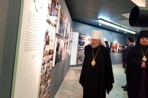 Делегация Орловской епархии посетила фотовыставки «Слово Патриарха. Время больших дел»