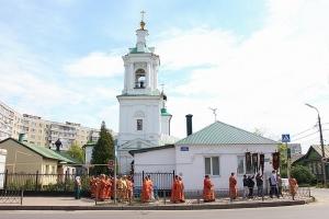 Владыка Тихон поздравил орловский Николо-Песковский приход с престольным праздником