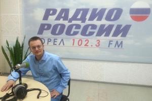 Сотни орловчан посетили лекции Василия Яцкина