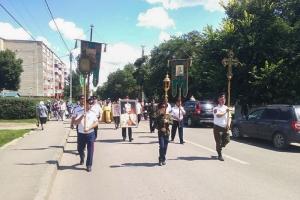 В Орловской митрополии проходят крестные ходы в честь святой Царской Семьи