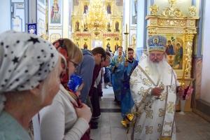 Владыка Тихон возглавил торжества в честь престольного праздника храма Смоленской иконы Божией Матери