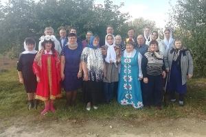 Православная молодежь поздравила селян с Днем пожилых людей