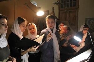 Молодежная литургия впервые состоялась в Успенском соборе Орла