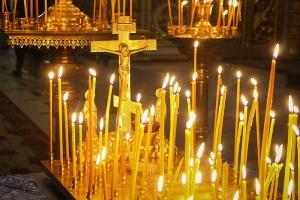 Архипастырь возглавил вечернее заупокойное богослужение в Ахтырском кафедральном соборе Орла