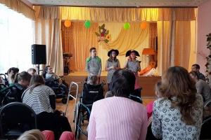 Московские и орловские православные добровольцы побывали в болховском интернате