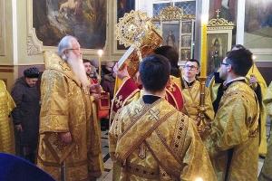 В канун Недели 23-й по Пятидесятнице митрополит Тихон совершил богослужение в Ахтырском соборе