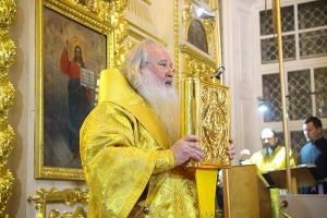 В канун Недели 26-й по Пятидесятнице Владыка Тихон совершил всенощное бдение в главном храме Орловской епархии