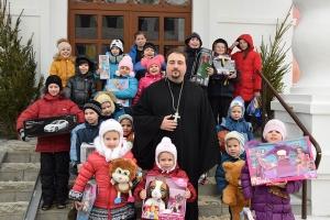 «Подари другому праздник»: в акции Орловской епархии может участвовать каждый