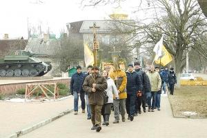 Сотни орловчан прошли в традиционном Рождественском крестном ходе