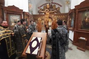 Митрополит Тихон совершил заключительное богослужение с чином Пассии в 2020 году