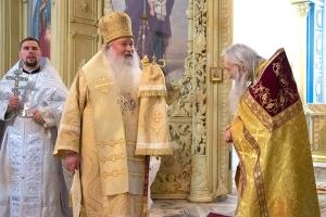 За литургией в Успенском соборе Орла состоялась иерейская хиротония диакона Алексия Дёмина