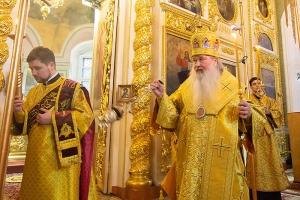 В канун Недели о Страшном суде Владыка Тихон служил в Ахтырском соборе
