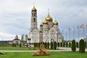 Всенощным бдение в Вятском Посаде открылся  III Международный фестиваль «Традиции Святой Руси»
