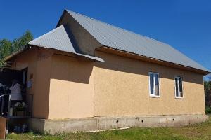 В новом храме поселка Биофабрика состоялась первая Литургия