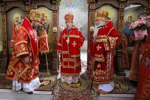 За литургией в храме св. Матроны Московской Орловская митрополия поздравила митрополита Антония с Днем Ангела