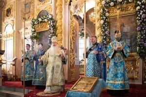 Архипастырь совершил всенощное бдение в Ахтырском соборе в канун его престольного праздника